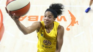 Parker's double-double claims victory for Sparks.
